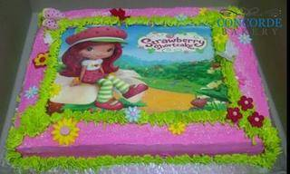 picture cake strawberry shortcake